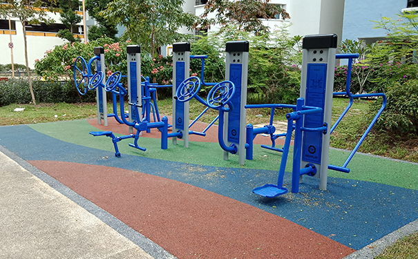 Choosing the Right Outdoor Fitness Equipment for your Community Parks